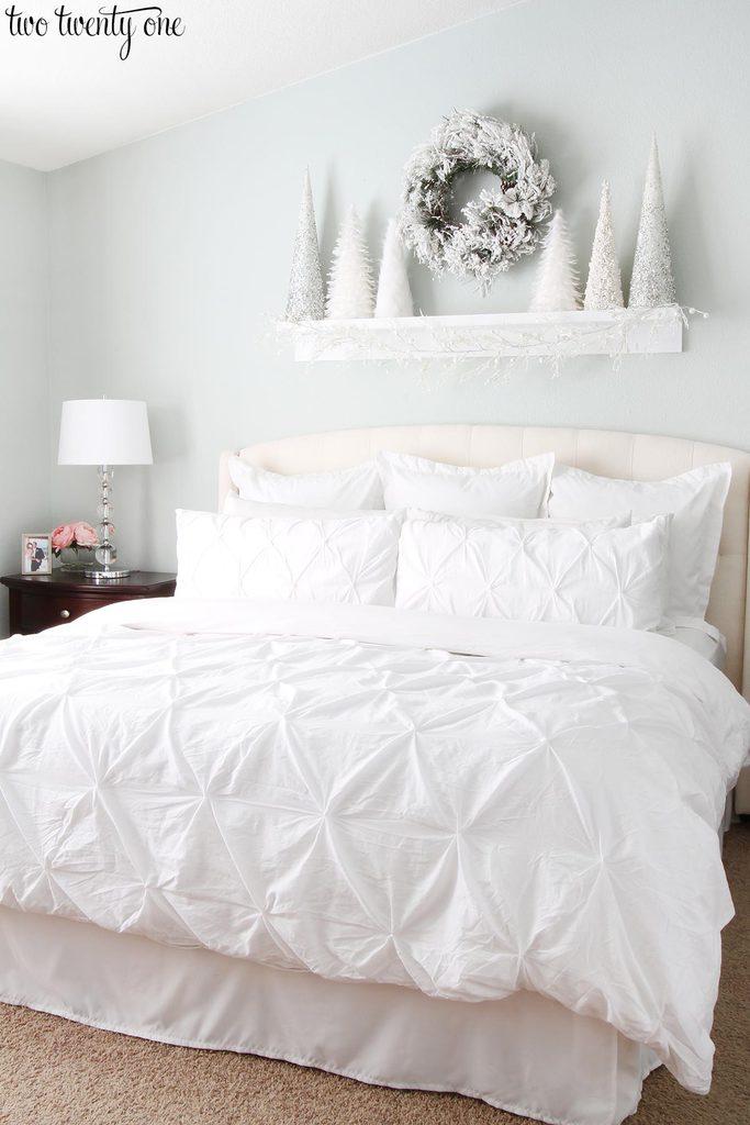 Cute white christmas bedroom