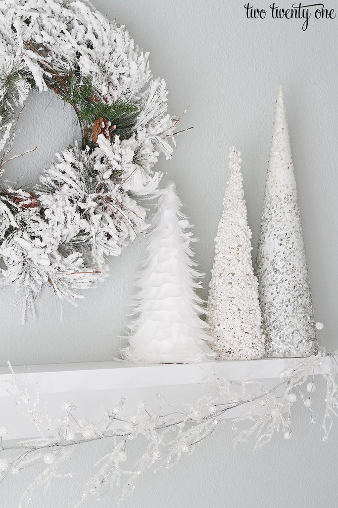White christmas decorations - White Christmas Decorations