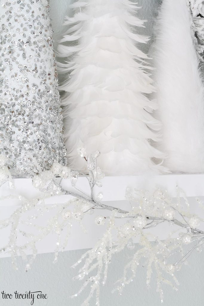 white-christmas-ledge