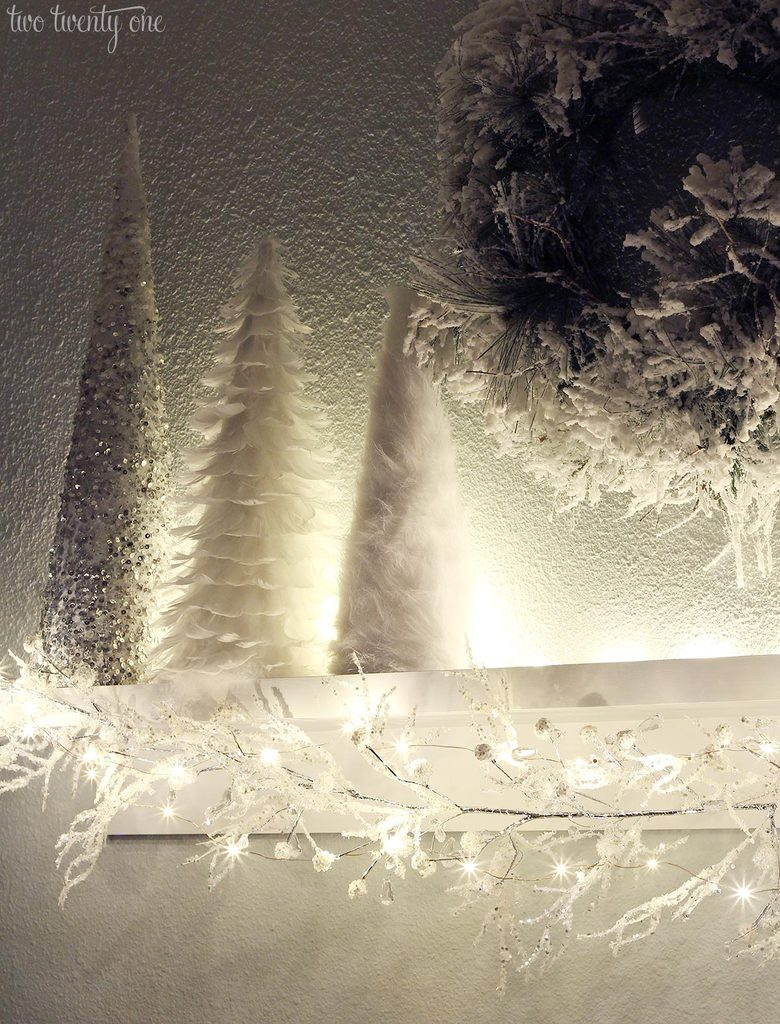 white-christmas-lights-2
