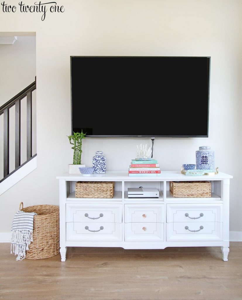 Choosing where to mount a tv for Small wall mounted tv for kitchen