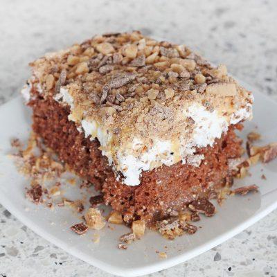 Chocolate Salted Caramel Toffee Cake