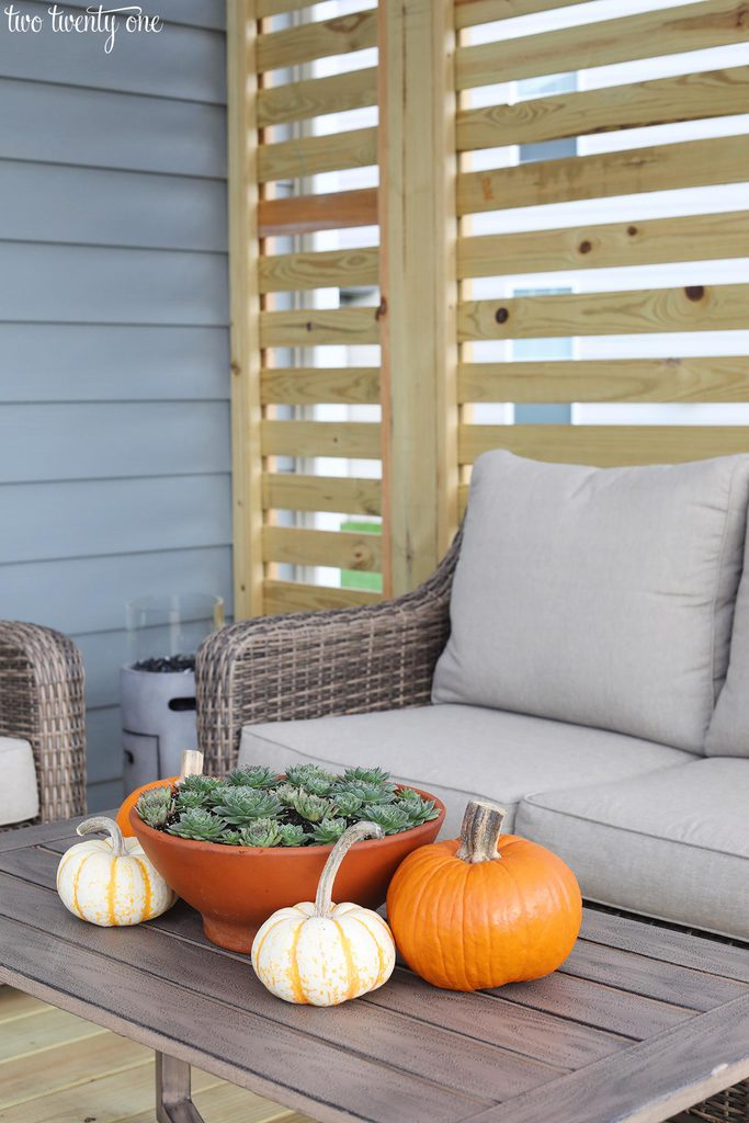 decorated fall deck