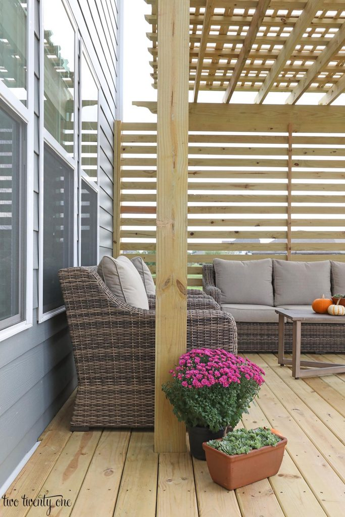 pergola with privacy screen