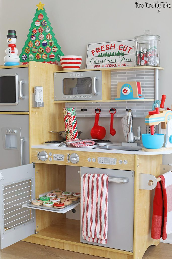 christmas play kitchen
