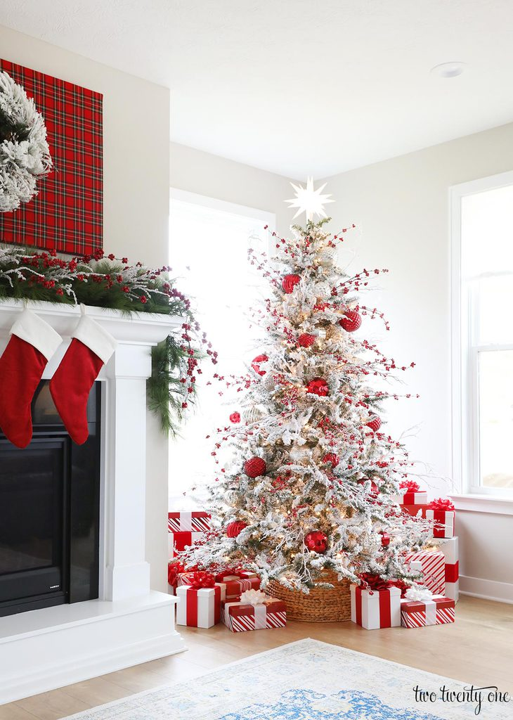 red and white christmas tree decorating ideas red and white christmas tree