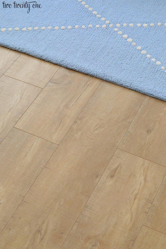 light colored wood laminate flooring