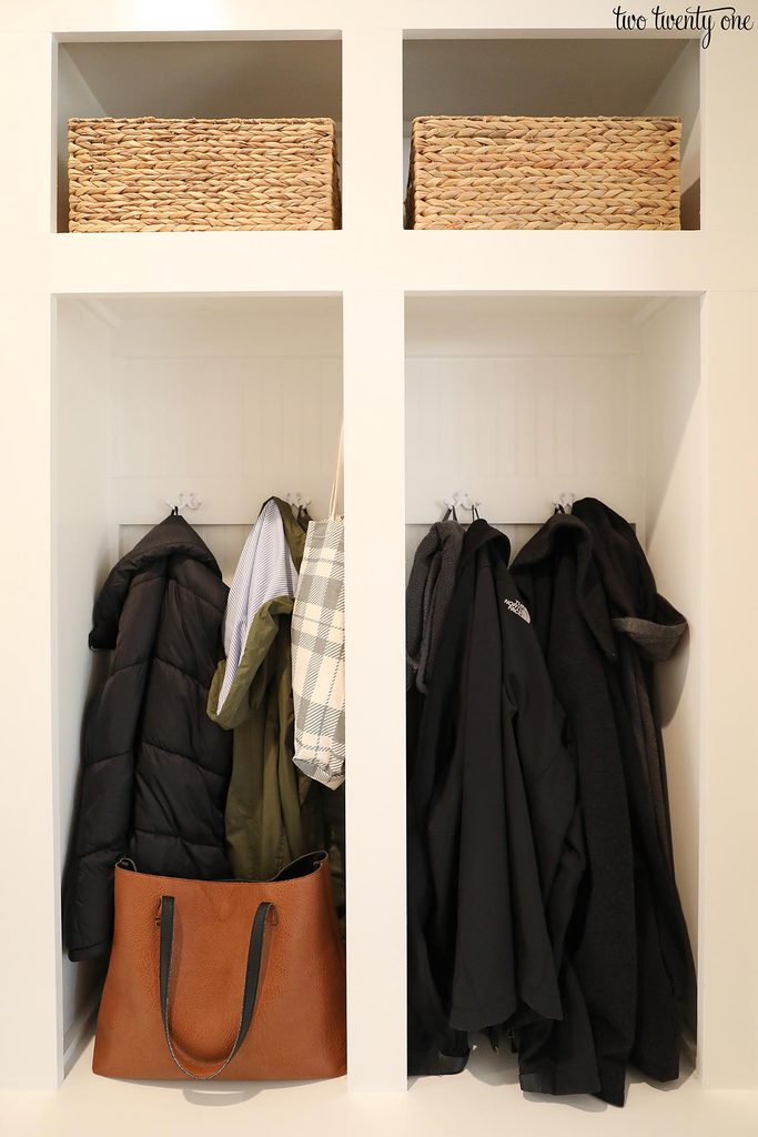 mudroom lockers organization