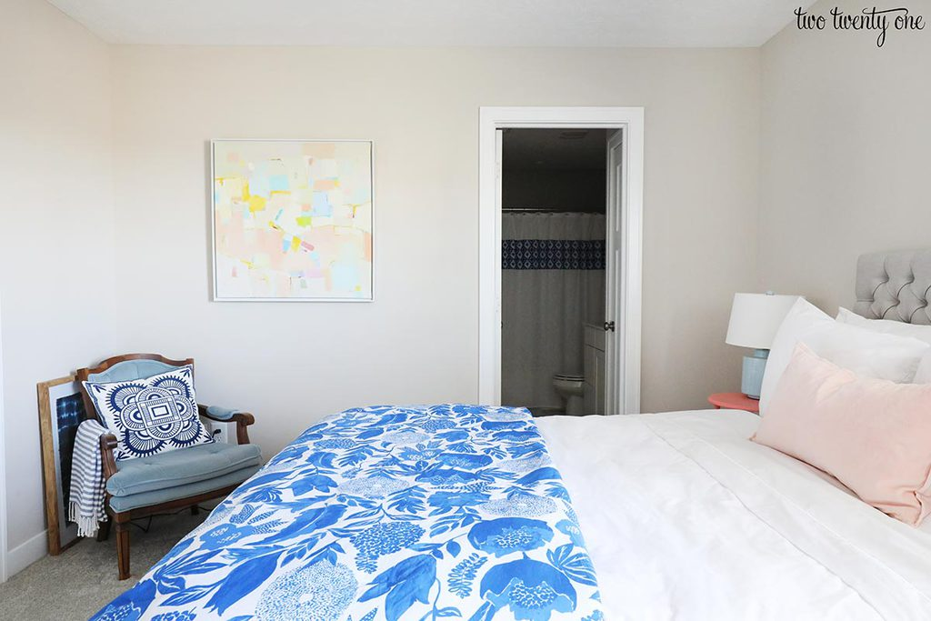 blue floral comforter