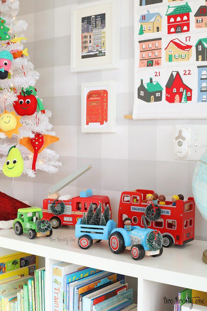 kid Christmas decor