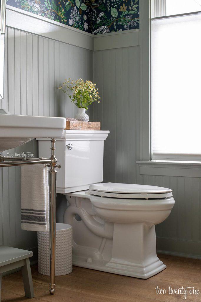 kohler memoirs stately toilet in white