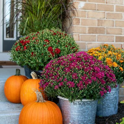 Decorating Ideas for a Warm and Cozy Fall Front Porch