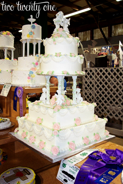 kroger wedding cakes prices kroger wedding cake group picture image