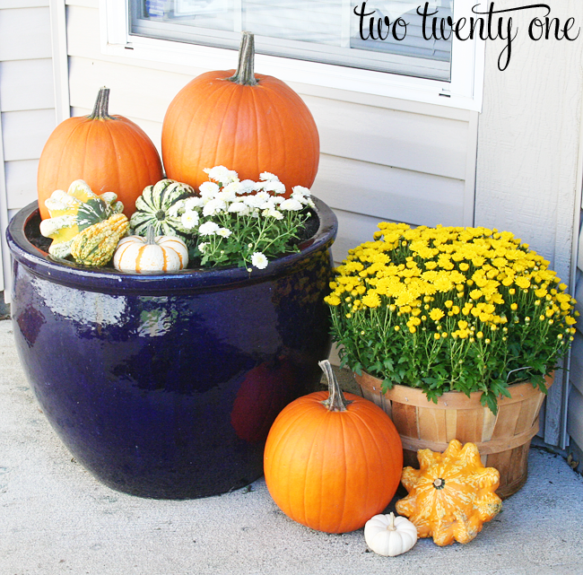 Decorating For Fall Porch Decorating